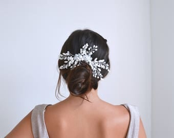 Hair comb wedding headpiece with pearls and crystals. Bohemian large delicate, romantic, fairy style. Bridal hair bun
