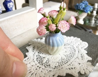 Miniature lace doily - Dollhouse - Diorama - Roombox - 1:12 scale
