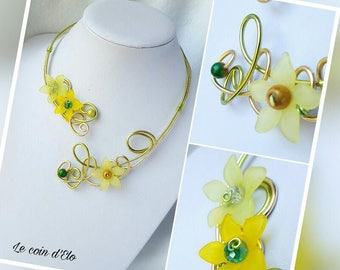 "Necklace aluminum ""Narcissus"" yellow and green / neck fantasy flowers / spring"