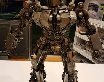 TRANSFORMERS Optimus Prime Hand Made 66cm Tall Metal Sculpture - Crazy Detail and Moving Head!
