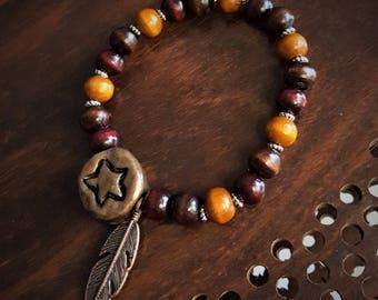 Elastic bracelet wooden beads