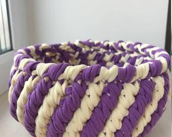 White/purple basket