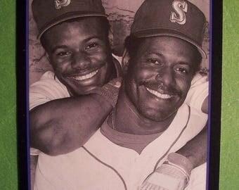 1991 KEN GRIFFEY Jr.(HOF) & Sr.* Score* The Griffeys Card # 841