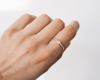 Delicate gold ring, Dainty ring, Gold Ring, Delicate Ring, Dainty gold ring, Minimalist Jewelry R009