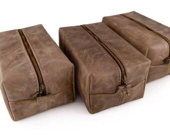 Set of 7 Discounted Dopp kits, Gray Groomsmen Bags, Gift for the Groomsmen, Charcoal Dopp bags, Hand branding initials, Toiletry bag