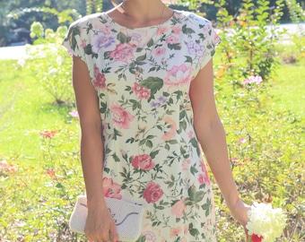 Beautiful Sheri Martin vintage floral dress