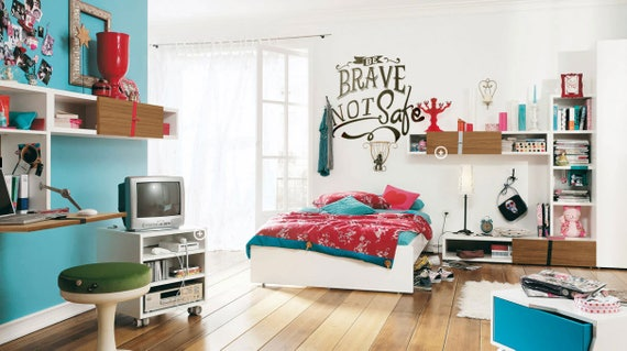 Be Brave NOT Safe - Motivational wall decal / Sticker in Vinyl, Epic Decals for wall decor, Fearless Audacious Courageous Strong Daring