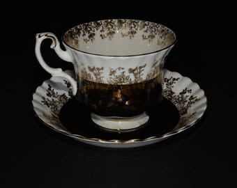 ROYAL ALBERT, Bone China, Teacup, and saucer, Regal Series, Black and Gold, Gold Rimmed, England, Vintage, Black Tea Cup