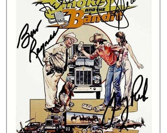 Script screenplay  Smokey and The Bandit   Cast Signed Cover ( printed not hand signed) Plus free gift