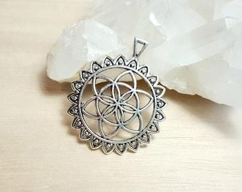 Flower of life Pendant Seed of Life Pendant Sacred geometry pendant Antique Silver Pendant Yoga Circle Pendant Charm Flower pendant Symbol