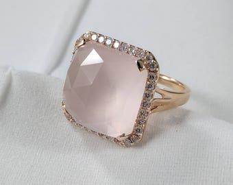 Rose Quartz 18kt Rose Gold ring