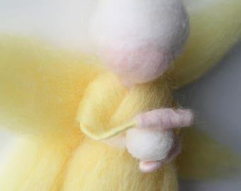 "Yellow fairy ""Wisdom"", ""Furnez Konhouarna"" woolen Waldorf Steiner"