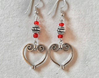 Ethnic style earrings at heart