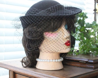 1940s Veiled Hat With Satin Bow