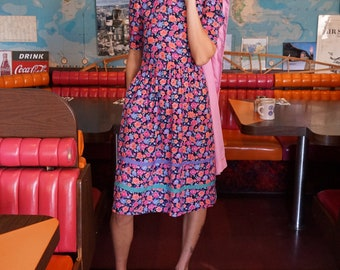 70s Jane Schaffhausen Belle France Dress with Pockets / Vintage Floral Summer Dress