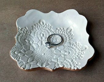 OFF WHITE  Ceramic Trinket Dish Jewelry Dish edged in gold