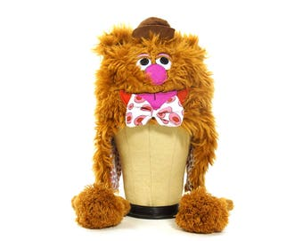90s Muppets Hat / Vintage 1990s Fozzie the Bear Beanie / Hip Hop Club Kid Raver Lolita Lollipop Festival Faux Fur Statement Winter Hat