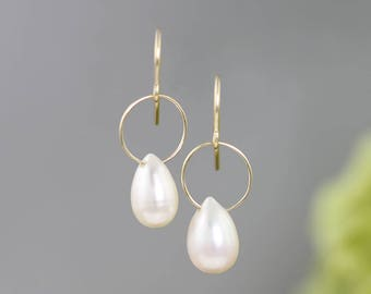 14k Gold and Pearl Earrings - Small Delicate Yellow Gold Wire Drop Earrings - Circle Hoop White Teardrop Pearl Earrings - READY TO SHIP