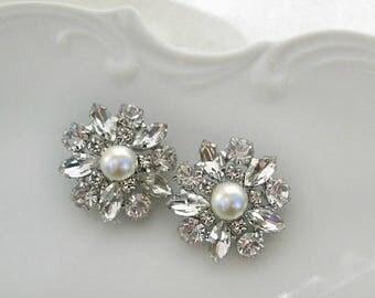 Post Pearl earrings Ivory Pearl studs White Pearl crystal Bridesmaid Jewelry Bridal Earrings wedding jewelry silver rhinestone