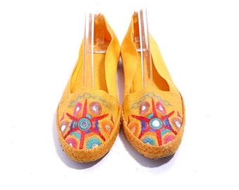 Size 7 8M// Vintage Orange Canvas Flats// Hippie Boho Woven Cotton Jute Shoes// 206