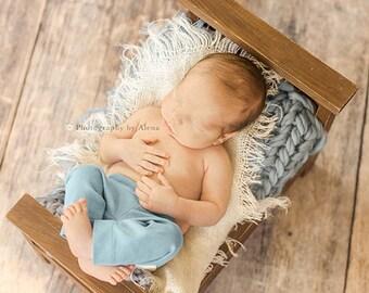 Baby Blanket, Chunky Blanket, Basket Stuffer, Newborn Photo Prop, Layering Blanket, Knitted Blanket, Basket Filler, Knitted Blanket
