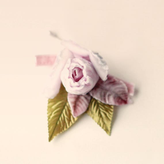 Rose wedding boutonniere, Pale lilac boutonniere, groomsmen buttonhole, Vintage wedding, Spring green, Pastel pink lavender button hole