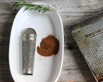 Vintage Cinnamon Grater,  Nutmeg, Baking Supplies, Made in West German
