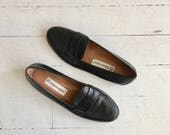 Etienne Aigner loafers | black penny loafers | black leather loafers size 6