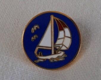 Enamel Button with Sailboat - modern Enamel Blazer Button - Royal Blue Enamel Yacht Button