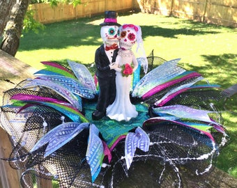 SALE - Married Bride and Groom Dia de los Muertos Sugar Skull - Day of the Dead Halloween Wedding Centerpiece