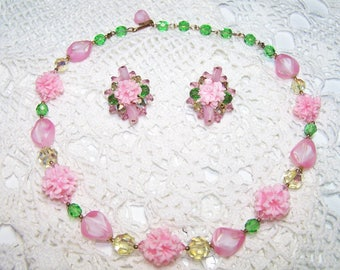 Vintage Demi Parure Jewelry Set Earrings & Necklace Matching Beaded Lucite Flower Pink Green Cocktail Feminine Pretty