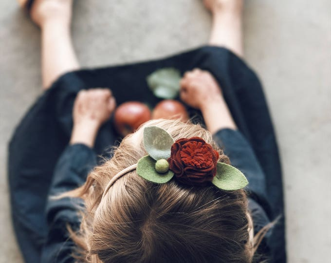 Featured listing image: Single Flower Headband or Alligator Clip // Maple Sugar Color, Fall Carnation Felt Flower