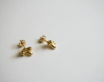 Succulent stud earrings, dainty earrings, botanical minimal jewelry, abstract botanical stud earrings