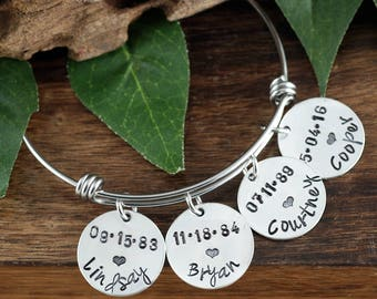 Personalized Silver Name Bracelet, Charm Bracelet for Mom, Personalized Mom Bracelet, New Mom Bracelet, New Baby Gift, Mothers Bracelet