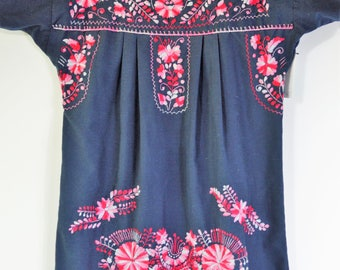 1980s Mexican Dress Size Medium Hand Embroidered Dress Black Cotton Boho Dress with Red and White Floral Embroidery