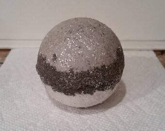 Yurio Bomb