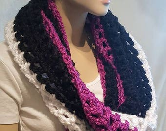 Purple Black Crochet Infinity Scarf, Purple Crochet Infinity Scarf, Black Infinity Scarf, Chunky Crochet Scarf, Crochet Scarf, White Scarf,