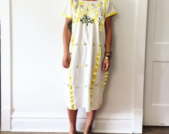 Vintage 60s Hand Embroidered Mexican Dress, Oaxaca Embroidery