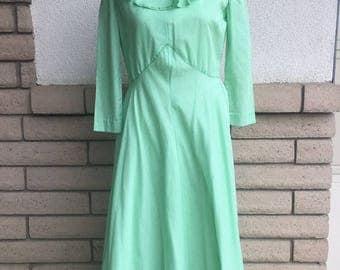 60s 70s Farm Girl Dress Green Gingham Maxi Dress TALL