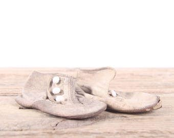 Vintage Leather Baby Shoes / Antique Leather Baby Shoes / White-Beige Leather Baby Shoes / Old Baby Shoes / Retro Baby Shoes