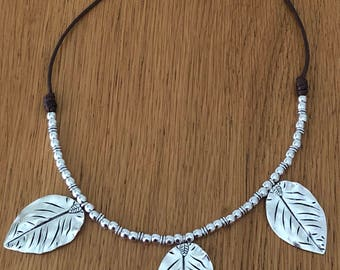 Brown leather necklace with Zamak leaves/bownleathernecklace/leatherandlleaves/perfectgift