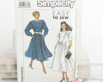 Misses Sizes 6 - 12, Raglan sleeve, Flared Skirt Dress, 1980's Simplicity  (9095) Vintage Sewing Pattern