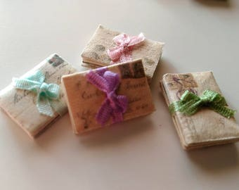 Pack of three letters with silk ribbon