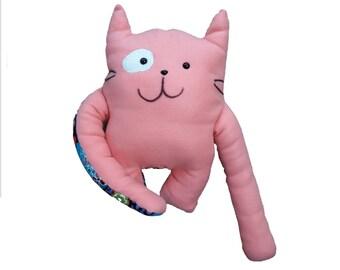 Cuddly cushion cat Minoes