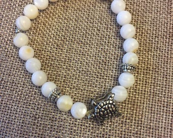 White Beaded Bracelet w/Silver Sea Turtle Charm