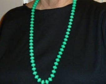 Necklace, Faux Bead Strand in Teal Green with Gold Tone Clasp.