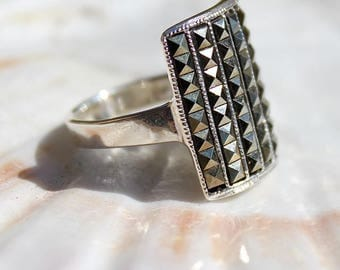 Silver ring featuring marchasite