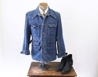 1970s Men's Jean Jacket Vintage Blue Denim Disco Era 70s Jacket with Copper Snaps - Size MEDIUM