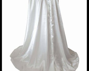 Beautiful Luxury Ivory Countess Satin Cloak lined with Shimmer Satin. Ideal for a Wedding, Hand Fasting or Medieval Event. Brand New.
