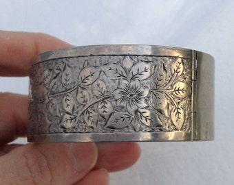 Victorian Sterling Engraved Bangle Bracelet